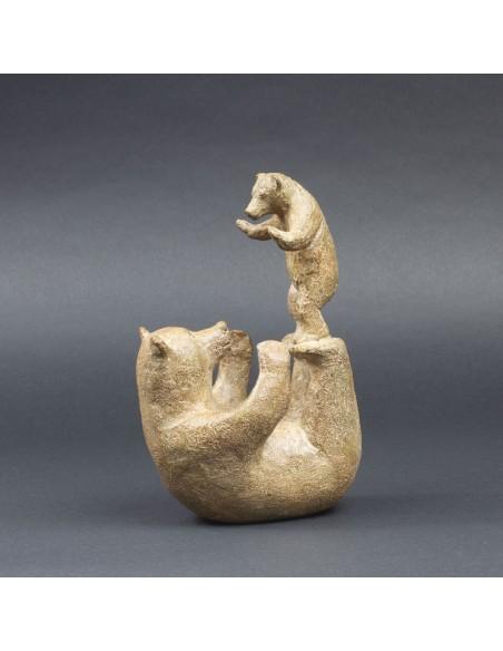 Sculpture animalière bronze Acrobatie. Bronze ours profil gauche