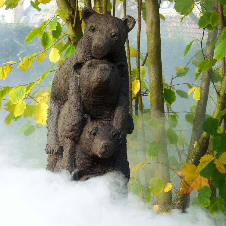 Pillar of Bears in the Mist